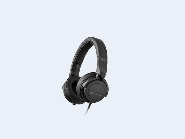 Beyerdynamic DT 240 Pro Studio Headphone Review